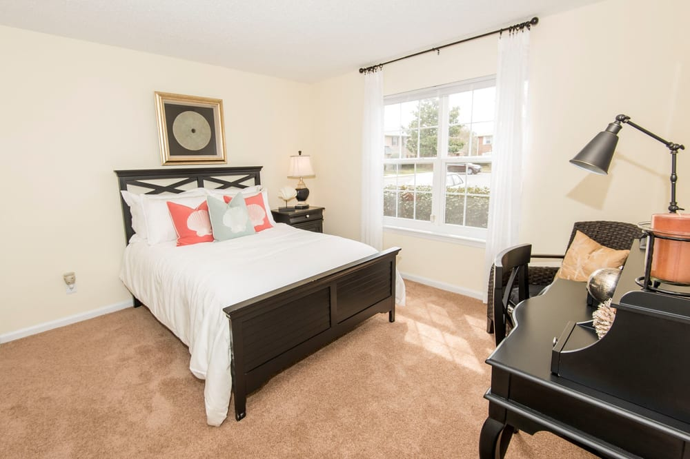 Holly Point Chesapeake Va Apartments Model Guest Bedroom Yelp