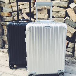 Photo Of Wander Travel Vancouver Bc Canada Rimowa Topas Stealth Carry