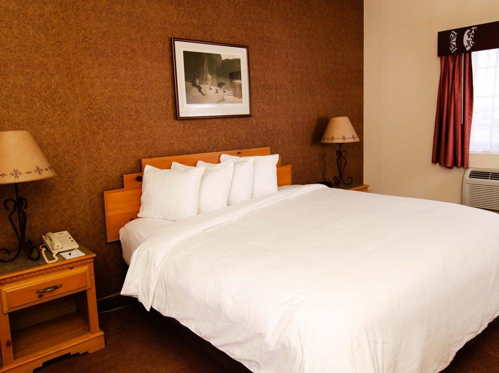 Sky City Casino Hotel: I 40 Exit 102, Acoma Pueblo, NM