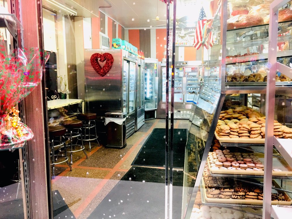 Variety Bakery: 8028 Northern Blvd, Jackson Heights, NY