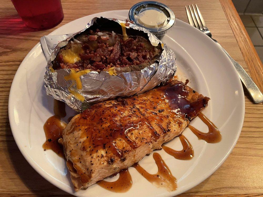 JT's Steak & Seafood: 107 E Wall St, Harrisonville, MO