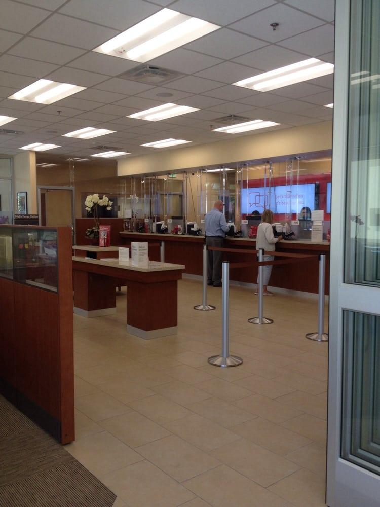 Wells Fargo Bank: 970 S Westlake Blvd, Westlake Village, CA