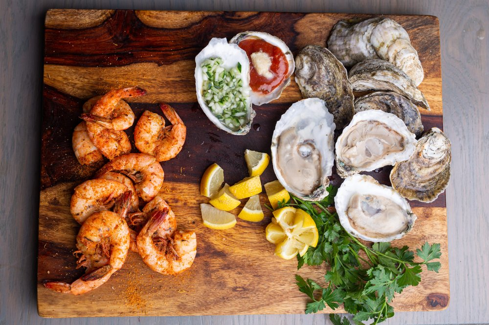 Steamers: 1 Ocean Blvd, Southern Shores, NC