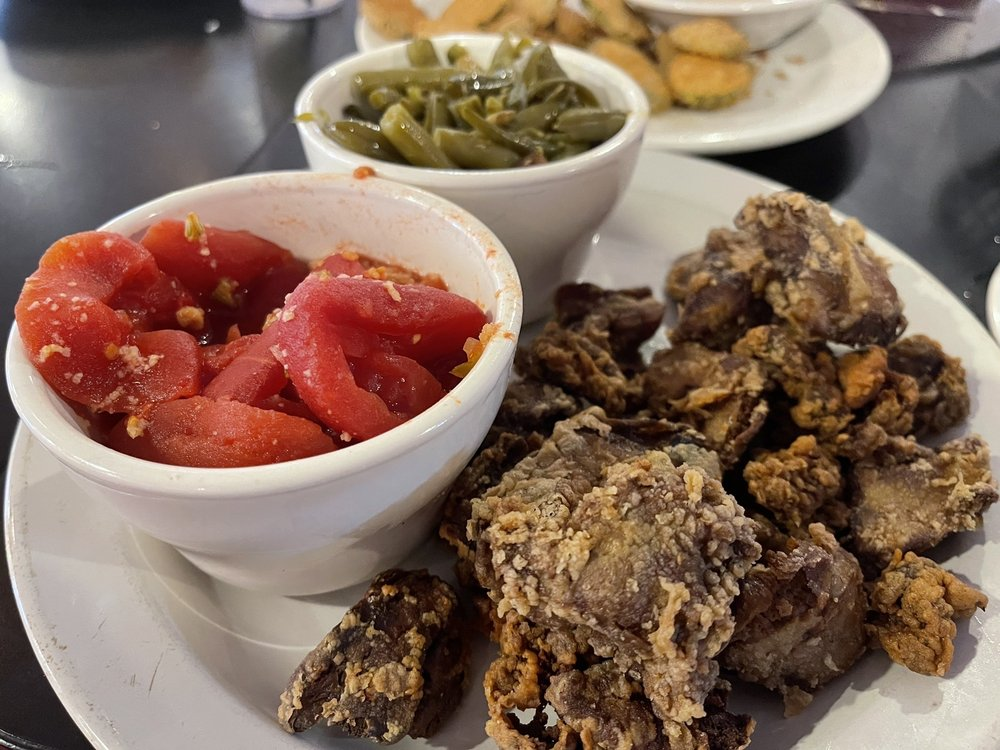 Goose Creek Diner: 2923 Goose Creek Rd, Louisville, KY