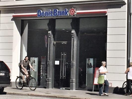 Denizbank Banks Credit Unions Große Johannisstr 19 Altstadt