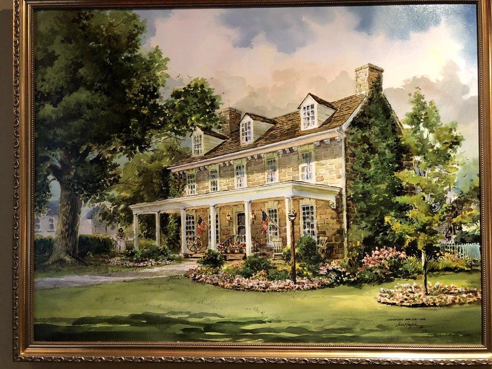 Century Inn: 2175 E National Pike, Scenery Hill, PA