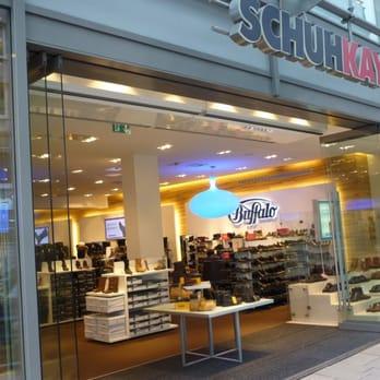 2cc938495fbe17 Schuhkay - 17 Fotos   16 Beiträge - Schuhe - Jungfernstieg 41 ...