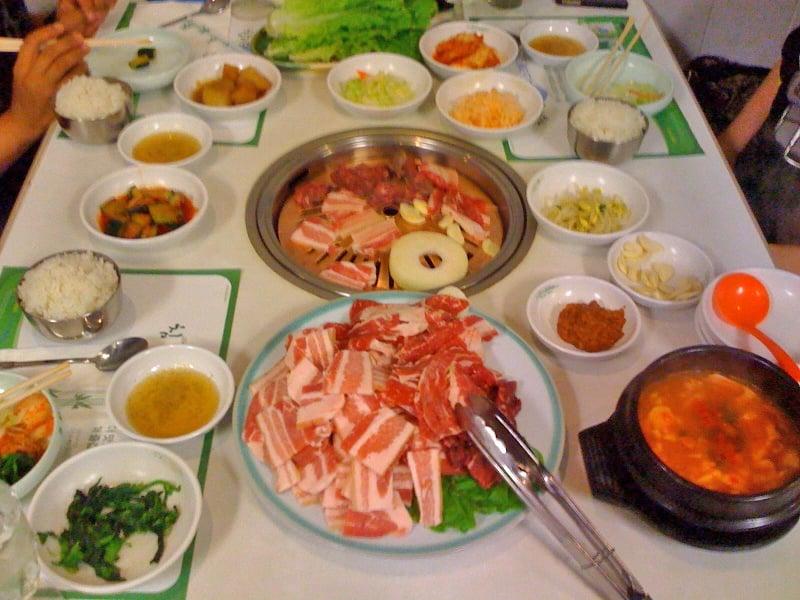 Camellia pearl kai chiuso 19 foto e 11 recensioni for Cucina coreana