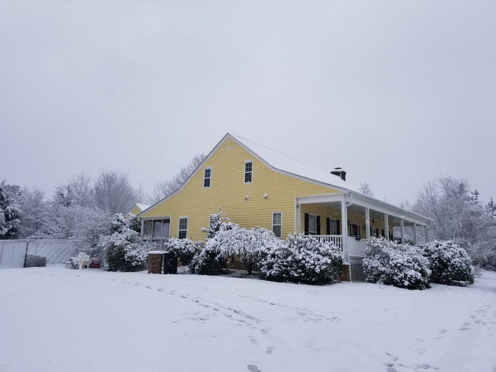 Unleashed Pet Resort: 7928 Stinson Hartis Rd, Indian Trail, NC