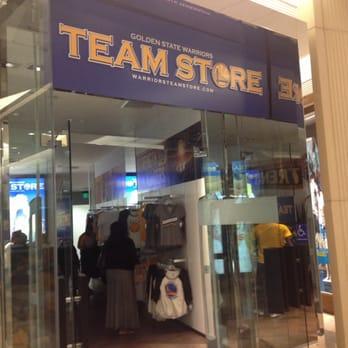 cheaper 601f3 2da5e Golden State Warriors Team Store - CLOSED - 845 Market St ...