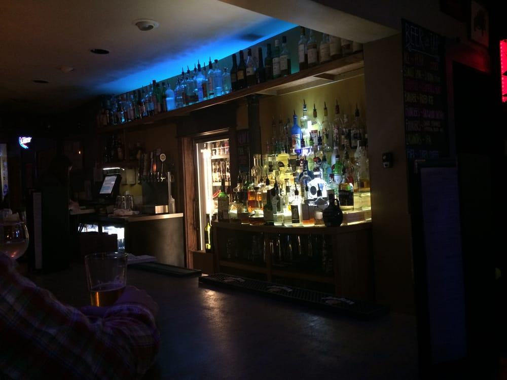 Best Bars in Indianapolis for Craft Spirits and Dorman Street Saloon