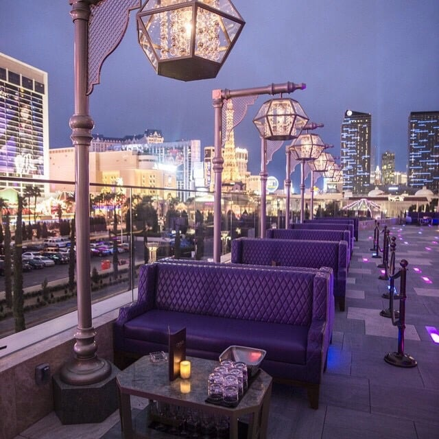 The outdoor terrace which caters to an older crowd that for Colecciones omnia