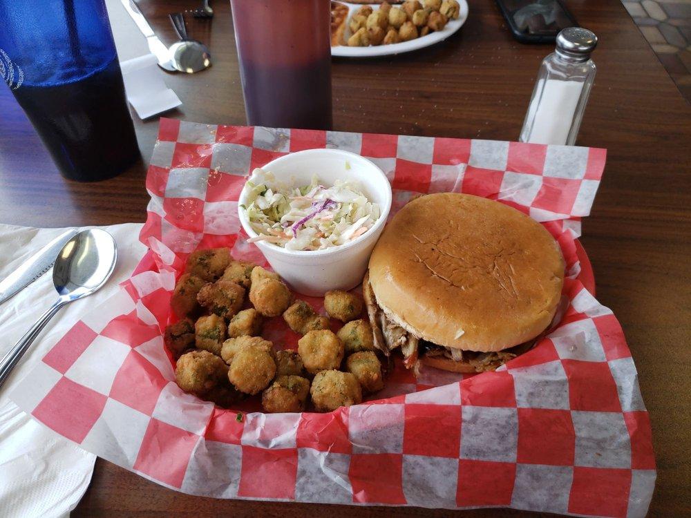 Bo's Breakfast and Bar-B-Q: 1609 E Malone Ave, Sikeston, MO