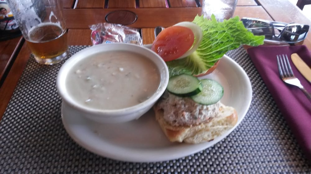 Tuna sandwich and clam chowder yelp for Uncle s fish market and grill