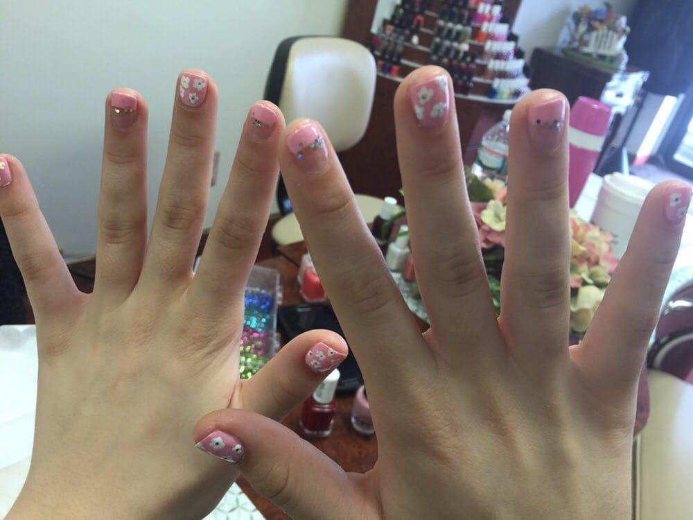 Maria s nails salon 27 photos nail salons 301 for A list nail salon bloomfield nj