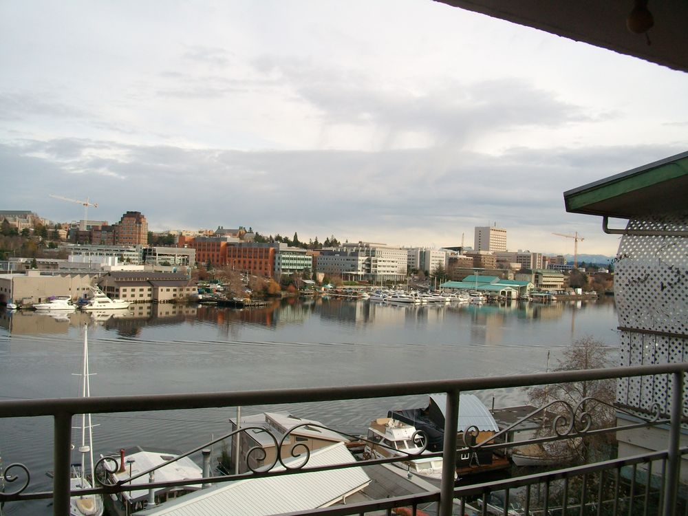 Photo Of Darco Seattle Wa United States Amazing View Or Portage Bay