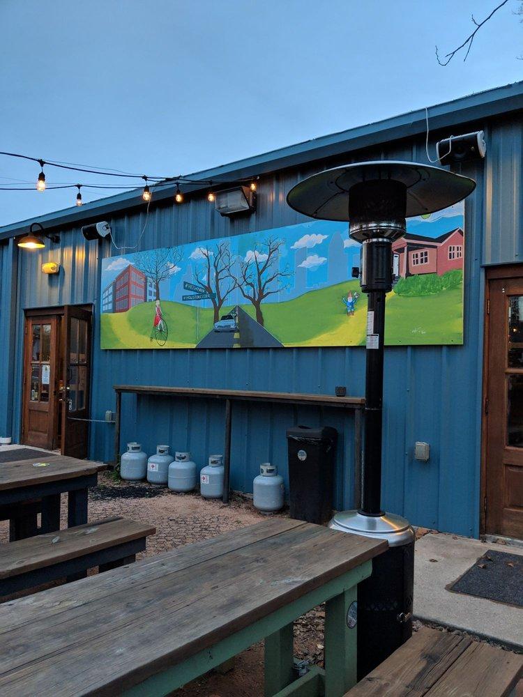 Houston Cider Company: 1125 W Cavalcade St, Houston, TX
