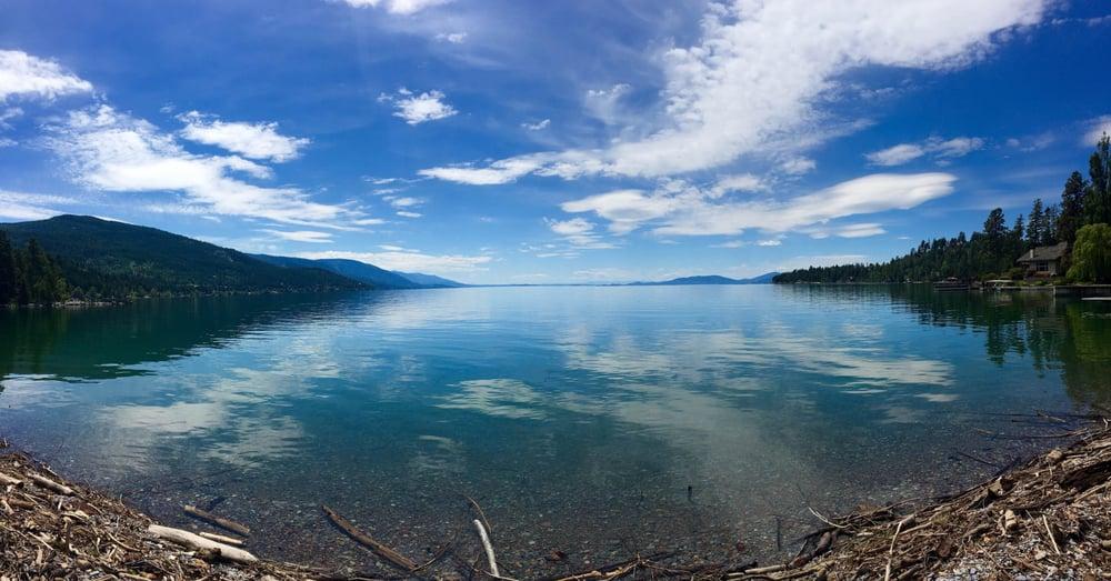 Flathead Lake Resort: 14871 Hwy 35, Bigfork, MT