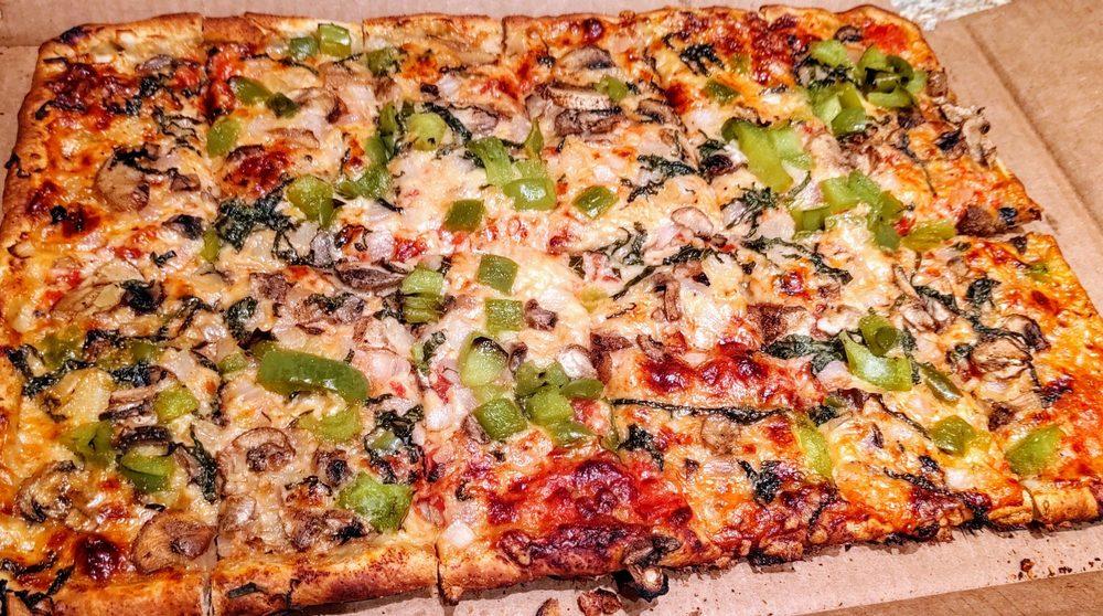 La Casa Pizzaria West: 610 S 168th St, Omaha, NE
