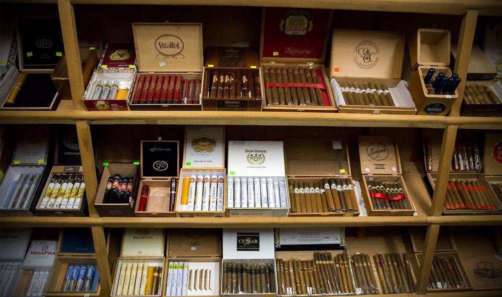 Sunrise Smoke Shop: 33 Sunrise Hwy, Massapequa Park, NY