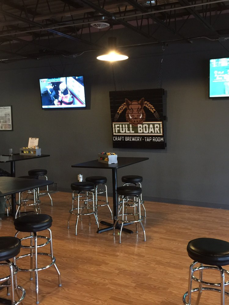Full Boar Craft Brewery and Tap Room: 628 S Main St, North Syracuse, NY