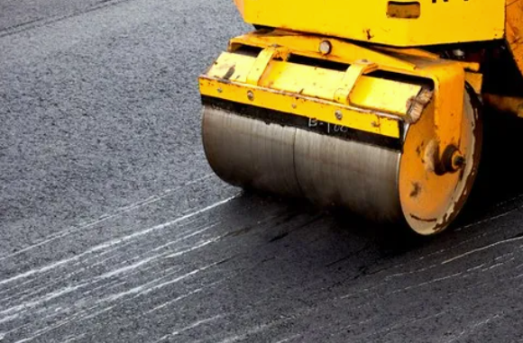 Brewer Paving and Seal Coating: 143 E Zimmer Dr, Walnutport, PA