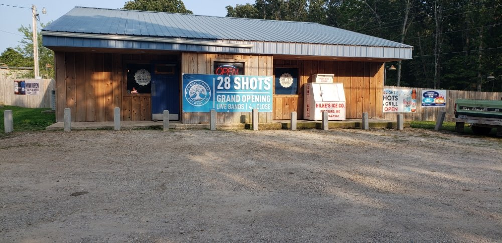28 Shots Bar & Grill: 13850 Hwy 28, Dixon, MO