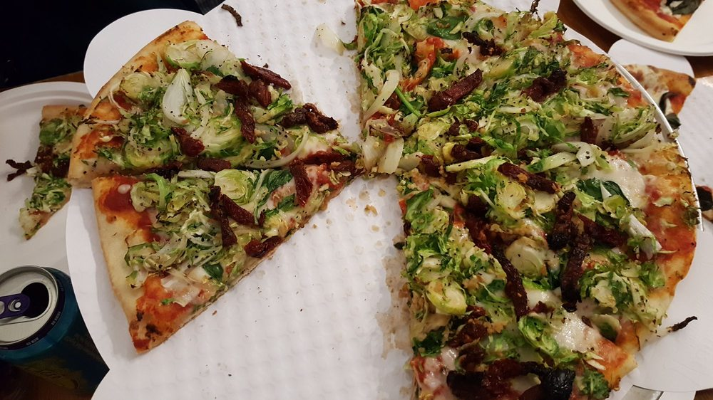 Food from Rodeos Pizza & Saladeria