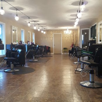 New image salon spa waxing 144 n 44th st lincoln for 44th street salon
