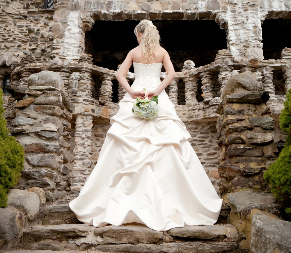 ct wedding photography gillette castle wedding dress