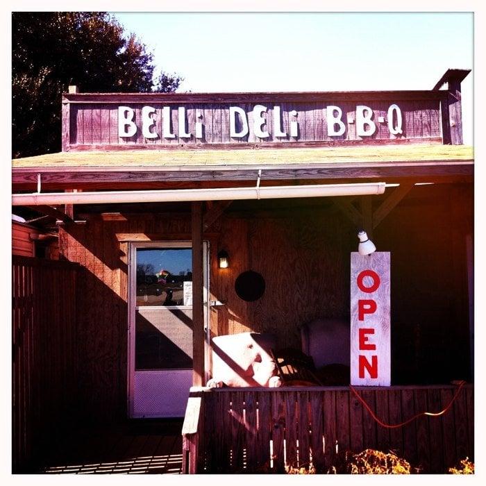 Belli Deli: Hwy 96, Kirbyville, TX