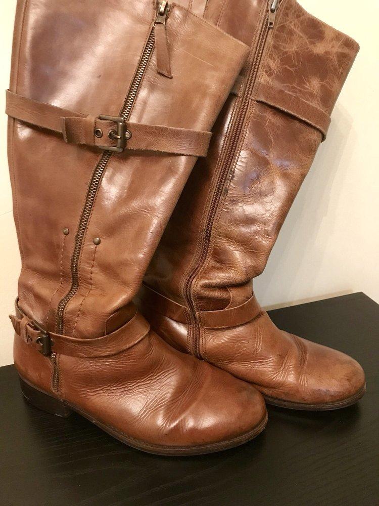 Village Cobbler Shoe Repair: 3934 Shelbyville Rd, Louisville, KY