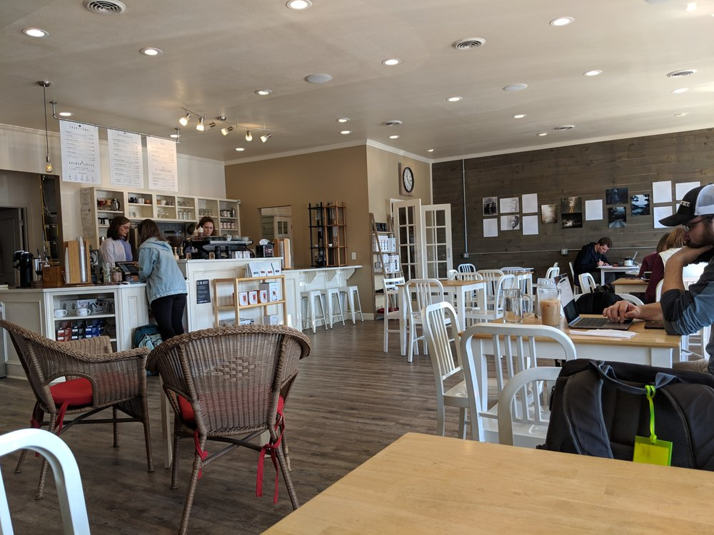Round Mountain Coffee: 2850 Prince St, Conway, AR
