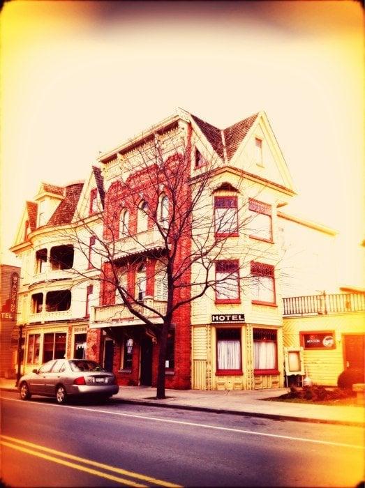 Wyalusing Hotel: 54 Main St, Wyalusing, PA