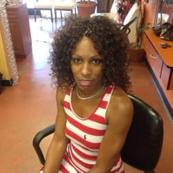 Sekina prudhomne services s chage et brushing 4395 for 40 volume salon savannah