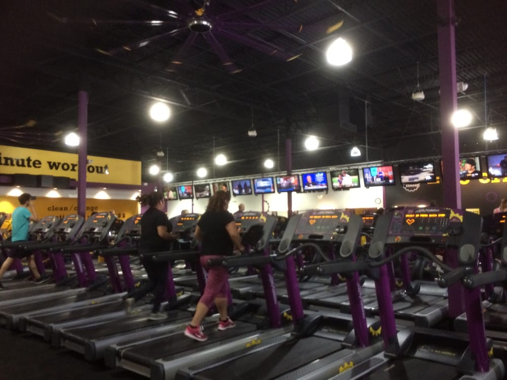 Planet Fitness Yuma 20 Photos Amp 15 Reviews Gyms