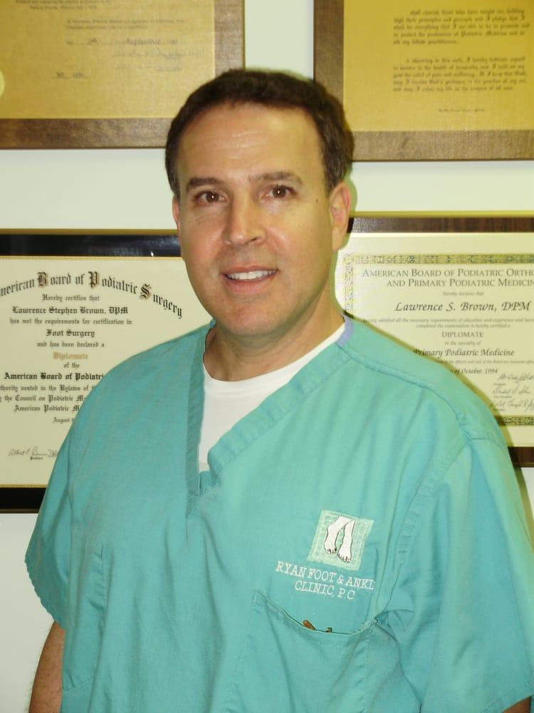 Ryan Foot & Ankle Clinic, PC: 25511 Van Dyke Ave, Center Line, MI