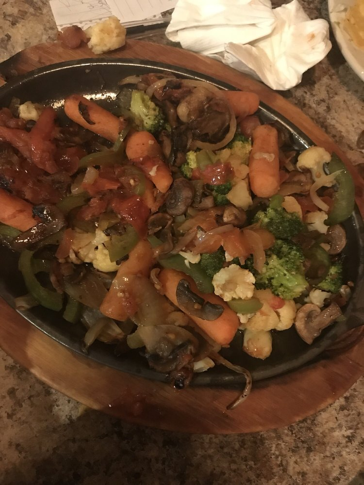 El Molcajete: 102 Armory Dr, Russellville, KY