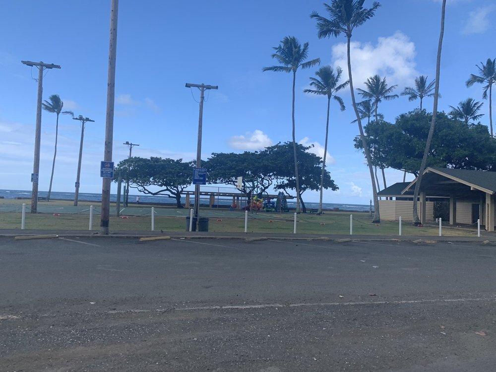 Swanzy Beach Park: 51-489 Kamehameha Hwy, Kaaawa, HI