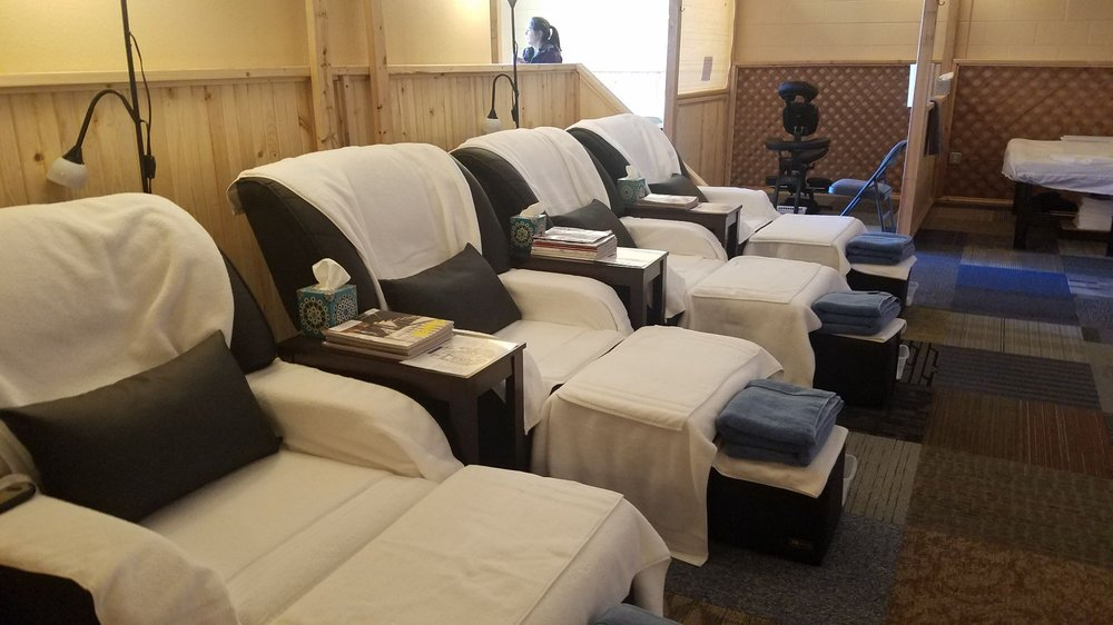 Wondrous Massage Chairs For Reflexology Yelp Squirreltailoven Fun Painted Chair Ideas Images Squirreltailovenorg