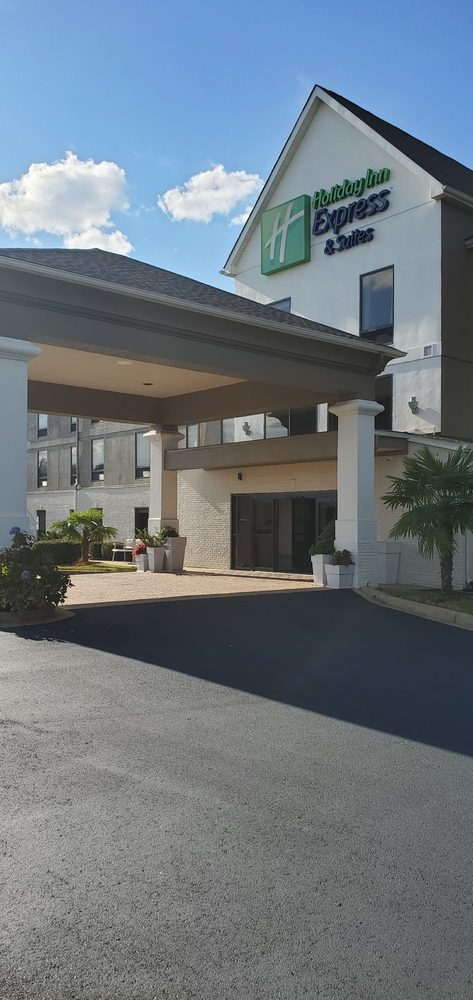 Holiday Inn Express & Suites Greenville-Spartanburg: 275 Frontage Rd, Duncan, SC