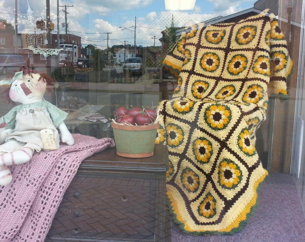Lehosky's Curiosity Shop: 5 W Market St, Blairsville, PA