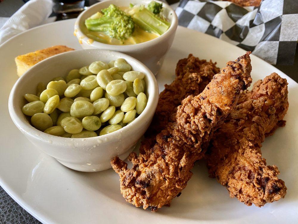 Water Street Kitchen: 2 S Loudoun St, Winchester, VA