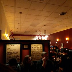 Photo Of The New American Grill Londonderry Vt United States Entry Wait