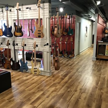 Gruhn Guitars - 2120 8th Ave S, Woodland in Waverly