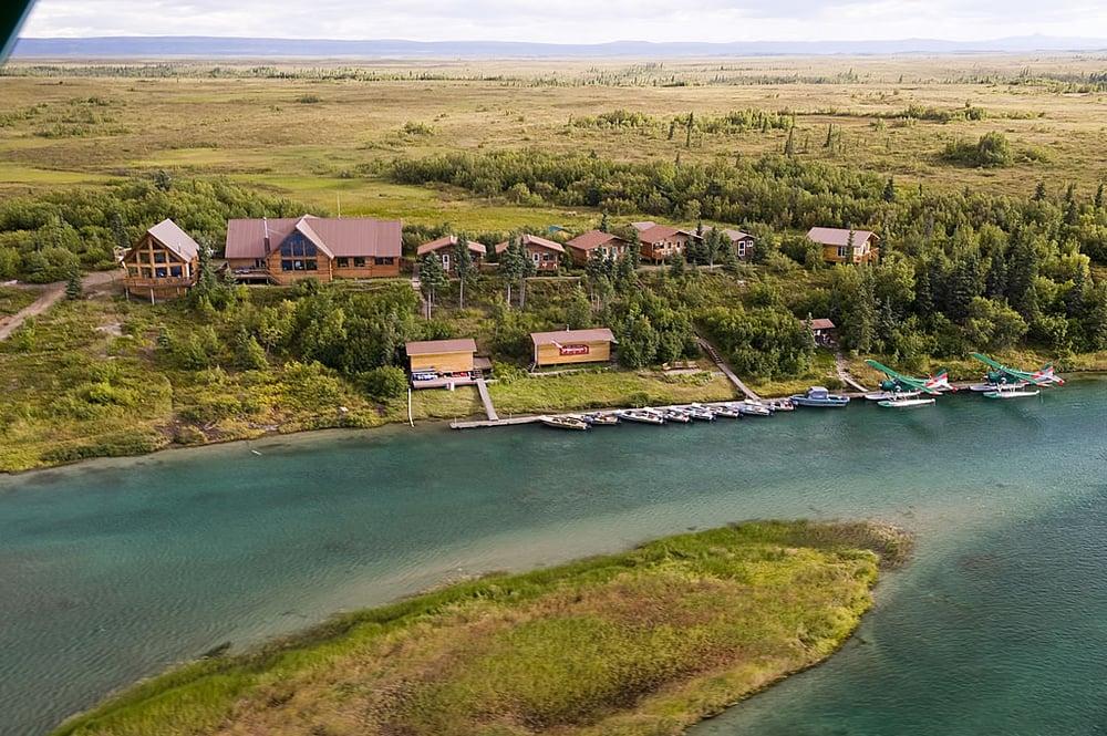 Alaskan Sportsmans Lodge: Mile 4, King Salmon, AK