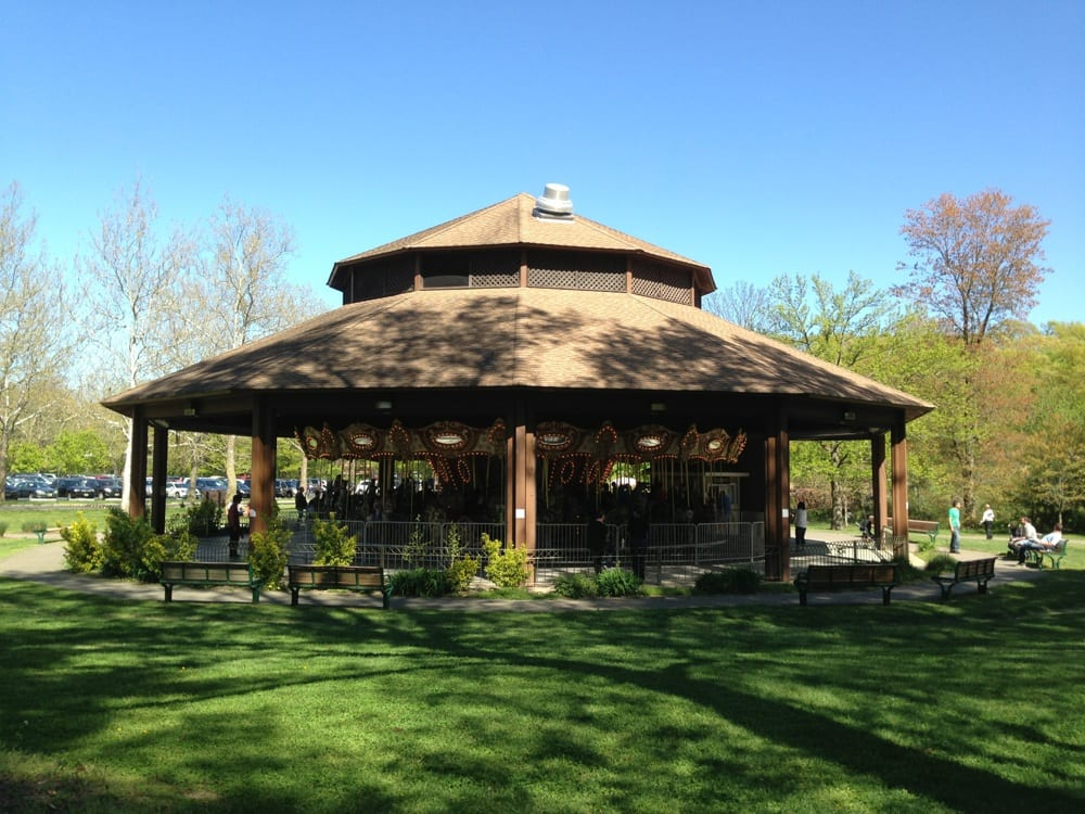 Petruska Park is home to the office of the Paramus Recreation Department. The park features a baseball field, a practice football field, a playground, a handball wall, picnic tables and a Location: N Farview Ave, Paramus, , NJ.