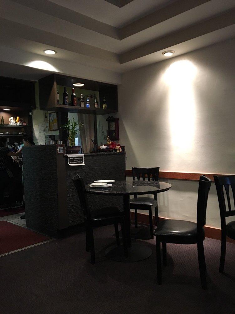 Photo Of Baan Thai Restaurant   Orinda, CA, United States. Divider Between  Seating