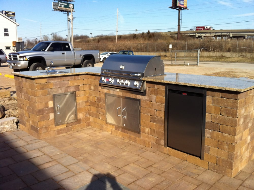 St louis hardscape material supply 13 photos for A m salon equipment st louis mo