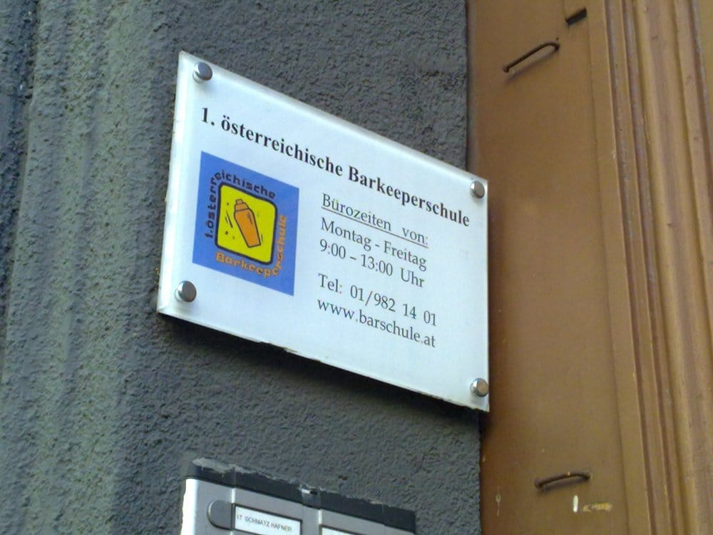 Erste Österreichische Barkeeperschule - Bar - Gumpendorfer Str. 51 ...